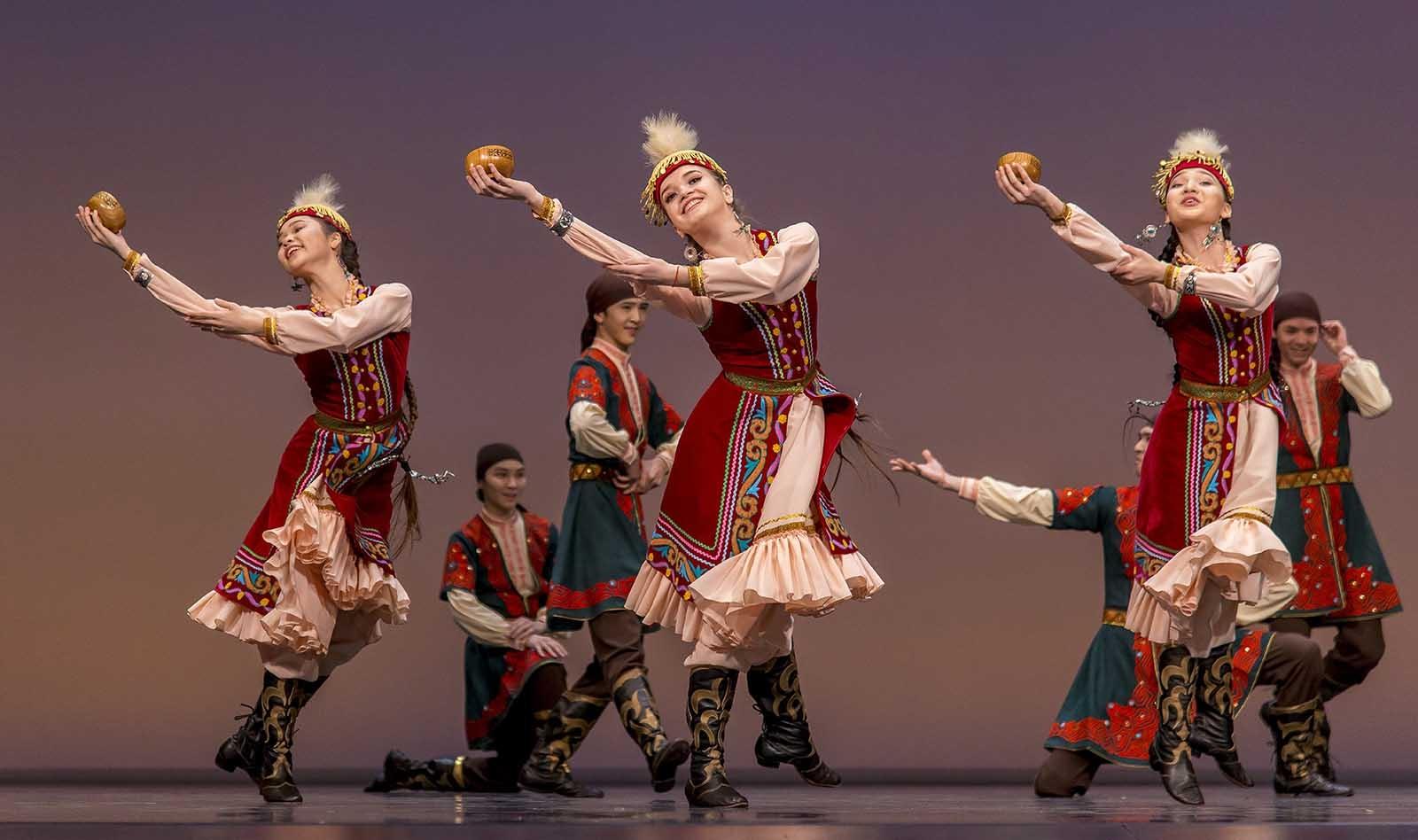 нас казахские национальные танцы картинки заднего вида была