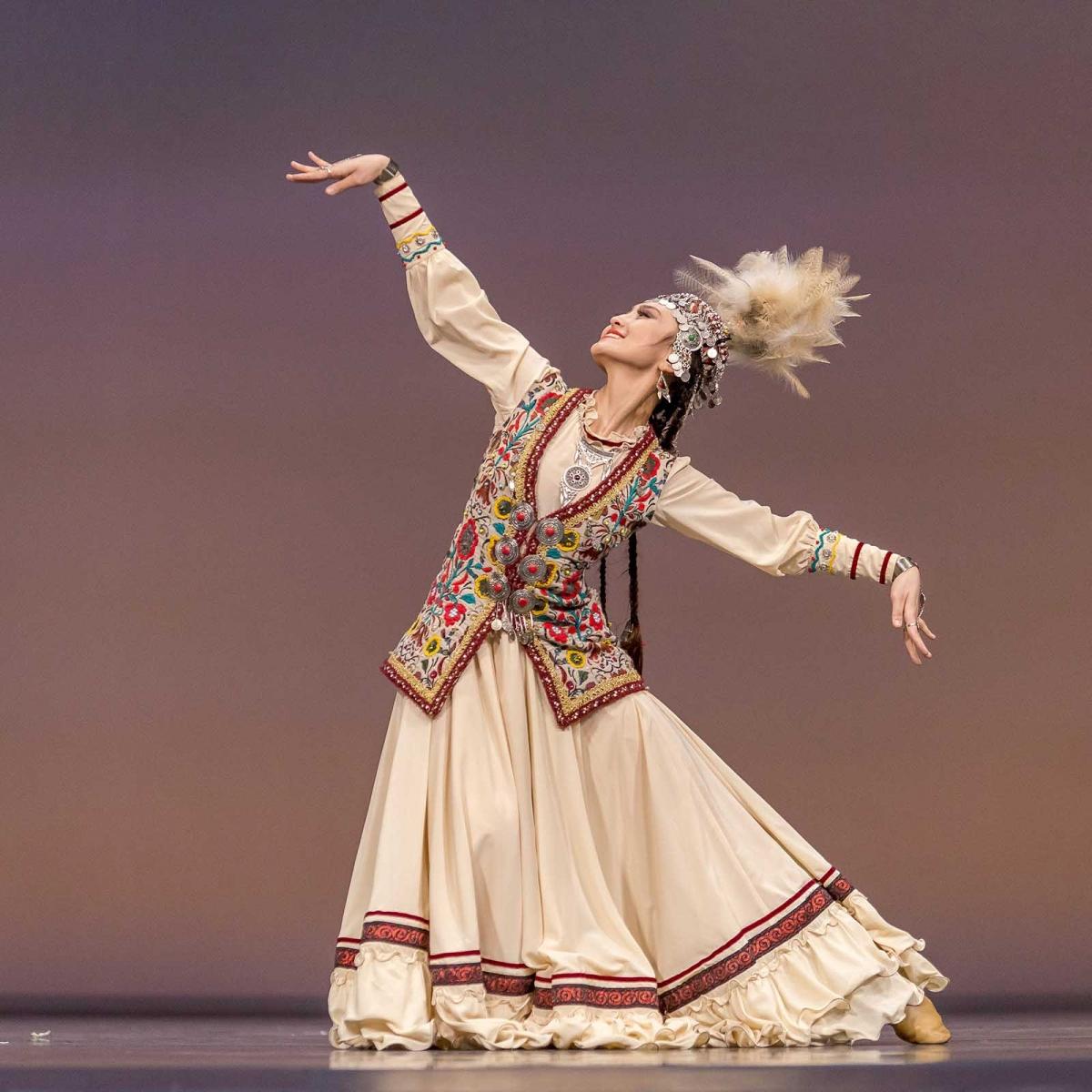приобретения казахские национальные танцы картинки этикета для
